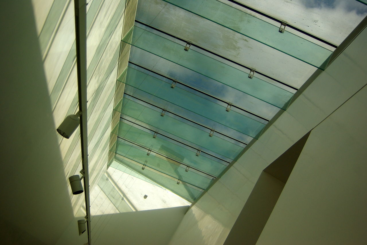 low angle view, built structure, architecture, day, no people, pattern, sunlight, indoors, modern, close-up