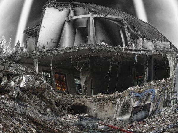 Baustelle Damaged Demolition Zone Dirty Dramatic Dreck Gebäude Gebäudeabriss Gruselig Haus Mystic Old Sky