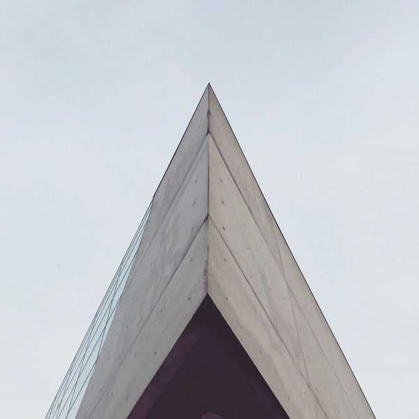 Architecture Zaha Hadid Concrete Glass Lines Grey Monochrome Minimalism Symmetry Geometric Shape Angles Corners Triangle Sharp Pointy Corner