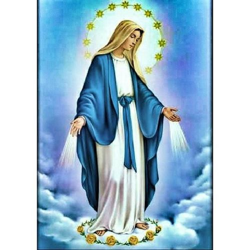 Happy Birthday Mother Mary! ☺ We're all forever blessed to have you. Day1 Happydaytous Lavodnassseccnirf