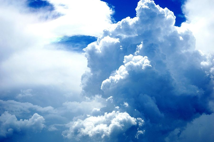 Cloud - Sky Blue Sunlight Sky Cloudscape Nature Outdoors Day Cloud Mounatin Cloud Mountains Cloud Cloudy Handsome Nature