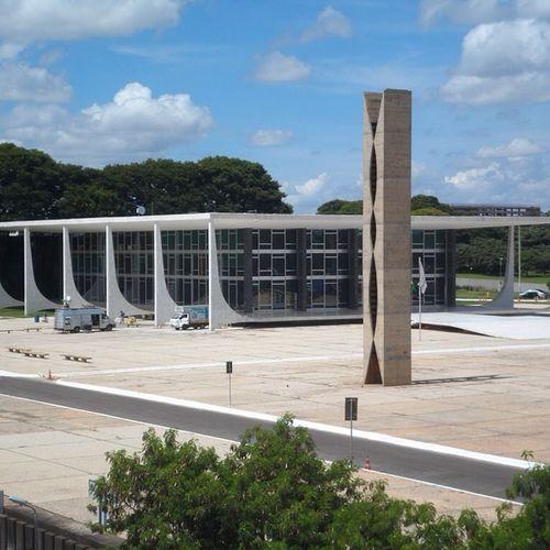 Supremo Tribunal Federal ... BR Bsb Brasil Brazil Brasília Visitebrasilia Coolbrasilia Curtobrasilia Turism Travel