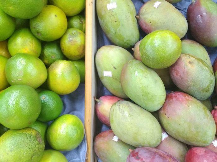 Brasil ♥ Jundaí Exchange Rotary Supermarket Fruit Close-up Green Color Food And Drink Juicy Tropical Fruit Market For Sale Shop Citrus Fruit Mango Fruit Blood Orange