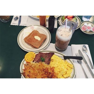 Post workout meal 😁😅 Melsdrivein Breakfast Postworkout Behungry alwayseating dinela vsco foodporn