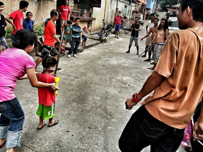 This what we called Pokpok Palayok Philippine Game It's More Fun In The Philippines! Street Photography Streetphotography Smartphone Photography Smartphonephotography Eyeem Philippines