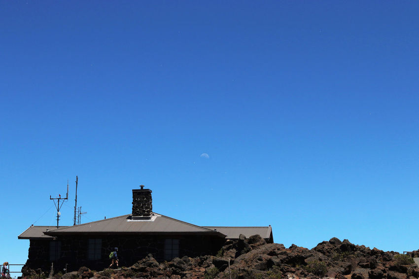Hawaii is a dream. Taken on my way to the top of Haleakala. Antenna - Aerial Architecture Blue Building Exterior Built Structure Canon Canon80d Clear Sky Copy Space Day EyeEm EyeEm Best Shots EyeEm Gallery EyeEm Nature Lover Hawaii Hawaii Life Hawaiian High Up Low Angle View No People Outdoors SB Sky Spring Break Volcanic Landscape