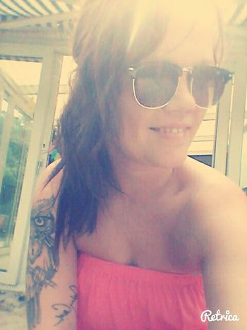 That's Me Girls With Tattoos Summer Relaxing