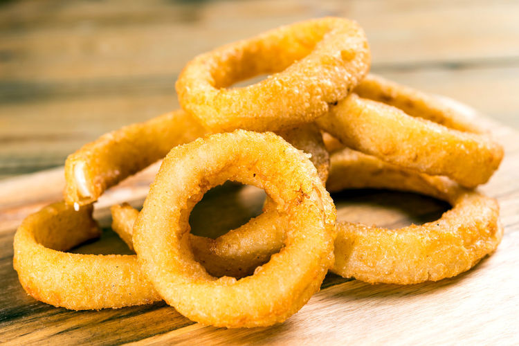 Appetizer Chinese Food Close-up Cooked Crunchy Culture Focus On Foreground Food Food And Drink Food State Freshness Healthy Eating Homemade Indoors  Indulgence Meal Onion Rings Plate Ready To Eat Ready-to-eat Serving Dish Sesame Seed Snack Table Temptation