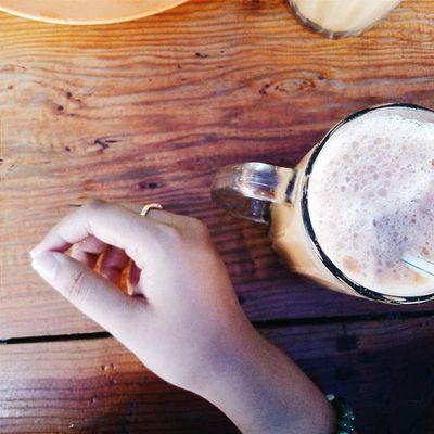 menunggu sarapan dgn segelas teh tarik ... 🍵