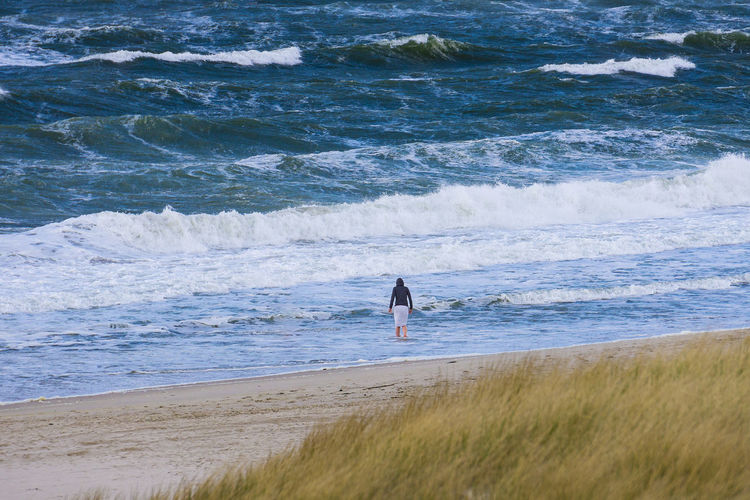 Sylt - Kampen Beach Deutschland Kampen, Sylt Sylt Strand Sylt, Germany Beach Coast Nature North Sea Ocean Ocean Waves One Person Outdoors Real People Sand Sea Shore Standing Sylt Vacations Water Wave Waves Women