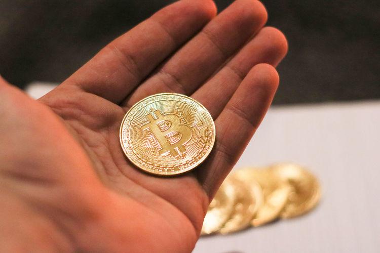 21st century gold Bitcoin Criptocurrency Criptomoney Trade Market Stock Holding AWARD Money