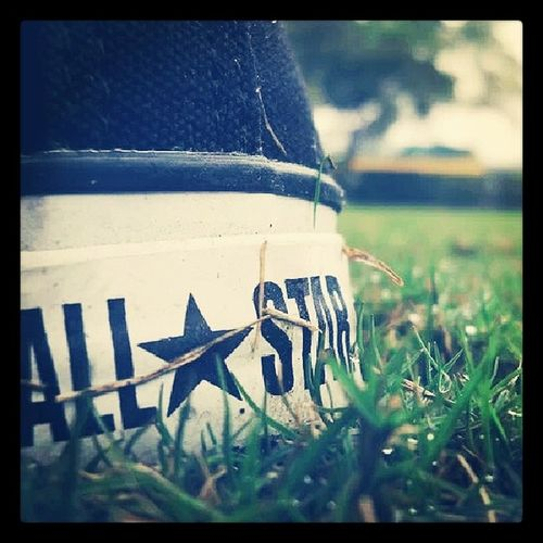 Classic Converse Blackconverse Photography photooftheday instapic allstar shoes pixelr random randompic all followforfollow f4f instaclick randomclick instafun love instagram