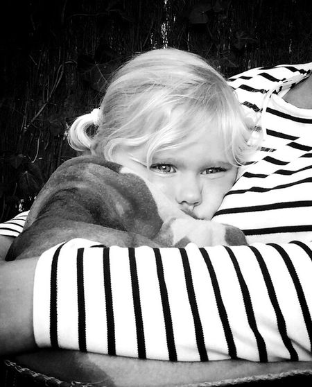 Moments Relaxing Hi! Blackandwhite Good Times Family Kids Squeeze Cute Kidsphotography Littlemonkey