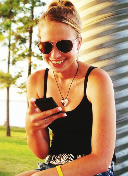 Lake Girl On Phone Girl Texting Smiling Girl Female Model Female Texting Park Pretty Girl Smartphone Young Girl
