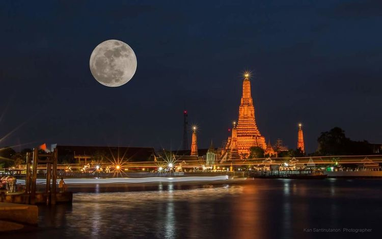 Night Full Moon Moon Travel Destinations Travel Reflection Tourism Tower City Architecture No People Water Sky Outdoors Astronomy Supermoon Supermoon2016 Thailandtravel Thailand Photos Thailand Watarun Watarunbangkok