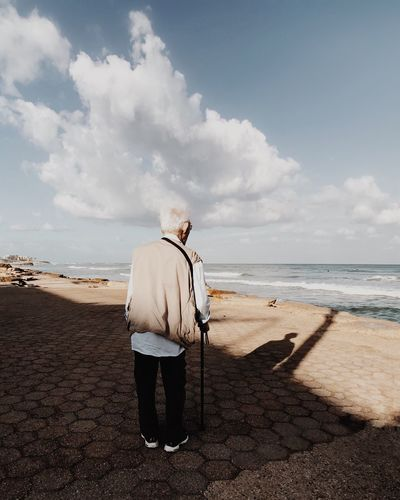 Bad hair day Sea Rear View Standing Beach Water One Person Horizon Over Water Nature Full Length Sky Sand Real People Beauty In Nature Day Scenics Tranquility Outdoors Men Cloud - Sky מייבתגלים IPhone7Plus מייאייפון7 Shotoniphone7plus מייים This Is Aging This Is Aging