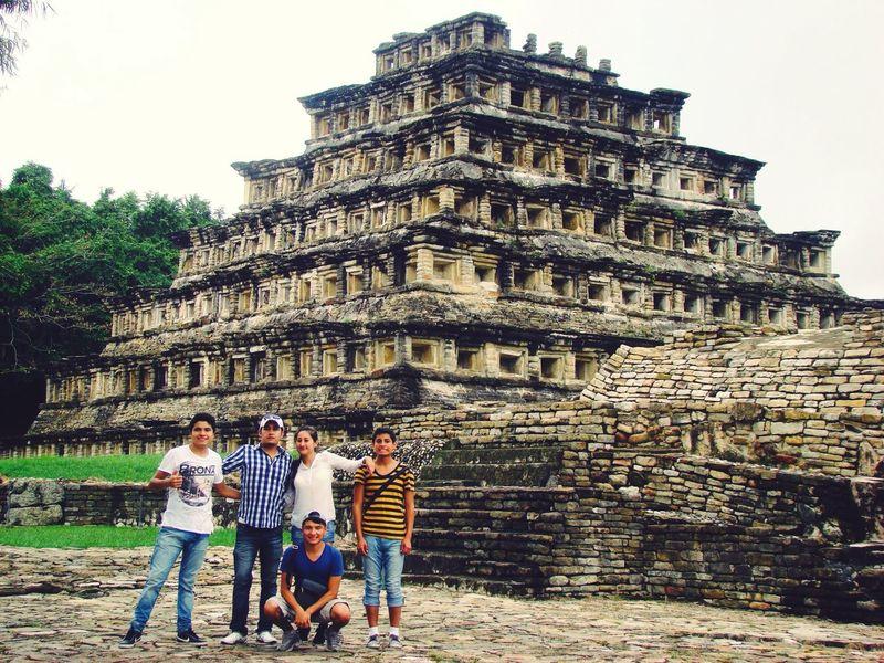 We Are Family perfect👌❤️ Mexico Piramide Tajin