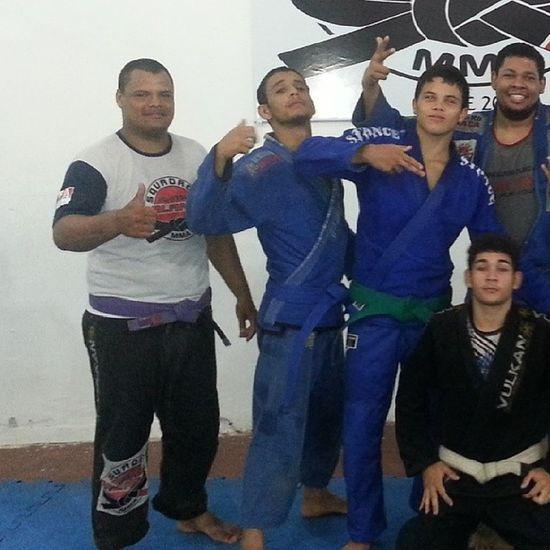 Muito obrigado pelo treino a todos é isso ai Sangue Suor esforço Disciplina tamojunto brasileiro2014 osssssssssssss
