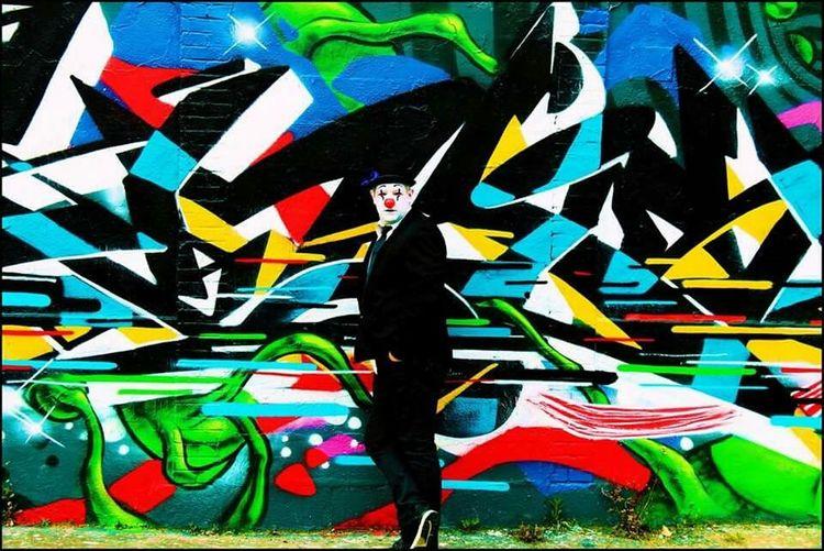 Clowncostume Clown Streetart Graffiti Art Graffiti Streetphoto_color Street Art/Graffiti Color Photography Graffitiart Graff Art