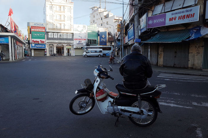 Architecture Built Structure City City Life City Street Dalat Day Diminishing Perspective Hòa Bình Land Vehicle Mode Of Transport Motorcycle Motorcycles Outdoors Parked Parking Road Sky Stationary The Way Forward Transportation Vietnam Travel Xe Om