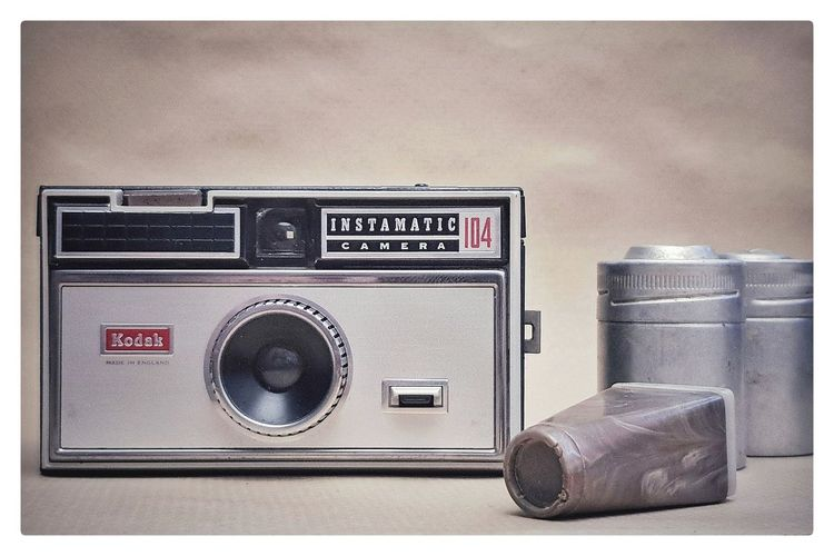 104 Instamatic Kodak Film Photography Filmcamera Filmphotography Technology Speaker Old-fashioned Arts Culture And Entertainment Photography Themes Retro Styled Music Antique Single Object Old