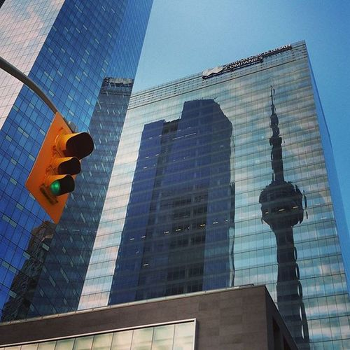 CN Tower Reflections. Artsy views and junk🎨☺ LGG4 Explorecanada Cntower Toronto
