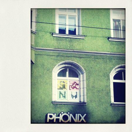 Say it with a post it Streetart Street Art Post It Window