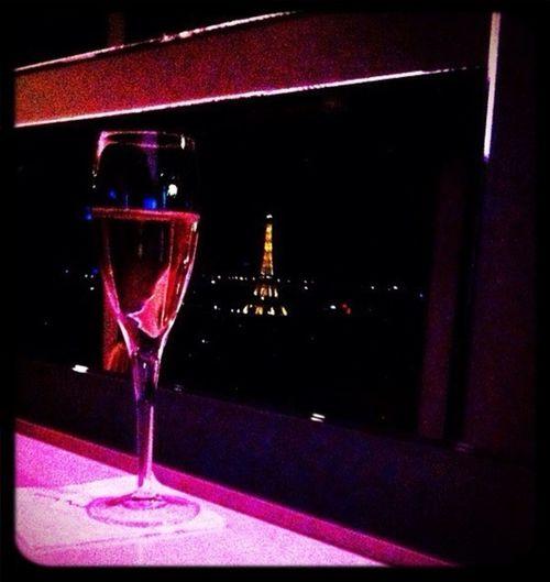 Bonne et heureuse année 2013 mes chers amis... Gros bisous à tous ...!!