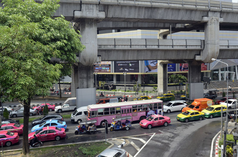 Vehicles on road during rush hours in city