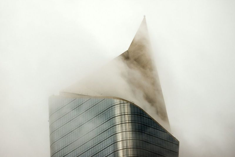 Growing Better Architecture Kuwait Kuwait City Skyscrapers Clouds White Fog Foggy كويت AlHamra Tower's concrete tip cutting throw fog'n'clouds! Rethink Things
