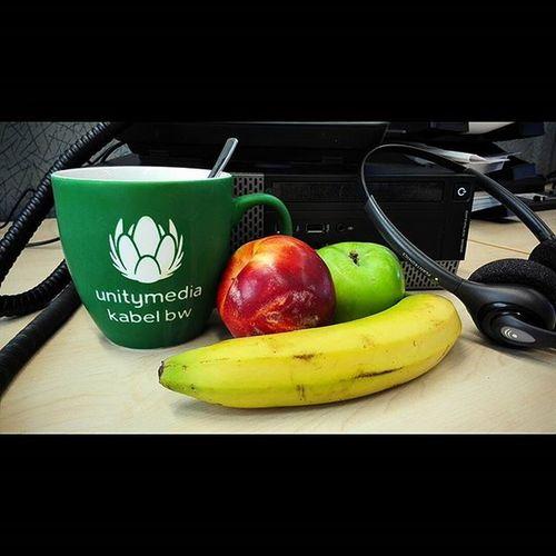 Kaffee und Obst . Die Kombination hat mich über den Tag gebracht. Kaffeeobst unitymedia arbeit