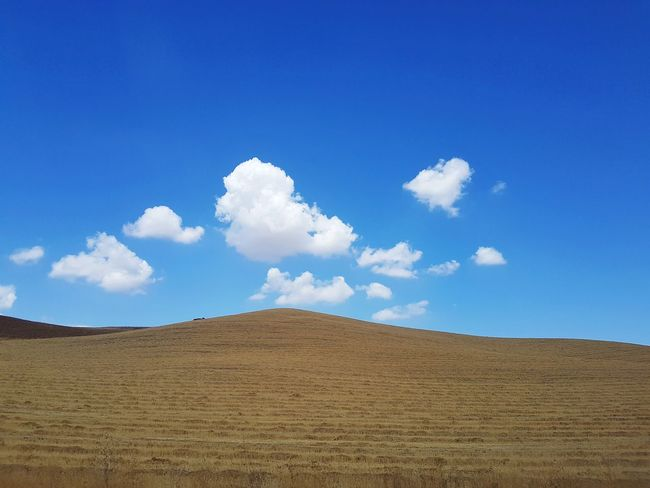 Countryside Tranquil Scene Landscape_Collection Nature Scenic Landscapes Scenic Italy Minimalism Minimal Landscape Blue Sand Dune Sand Sky Landscape Cloud - Sky Arid Climate Desert Arid Landscape Physical Geography Hill