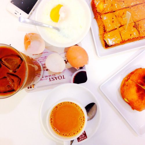 Good breakfast with Mom?? Food Breakfast Singapore Foodculinary Saturday Foodie Iphonegraphy Toastbox