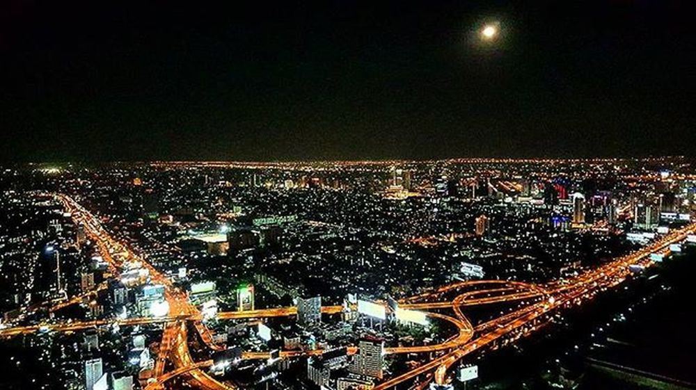 Bangkok's night view from Baiyoke sky tower. Travel Bangkok Moon Superhubs_souls Instagood