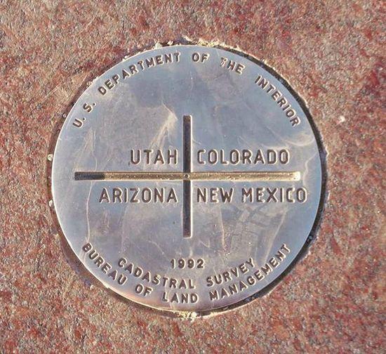 Where four states meet... Fourcornersmonument Roadtrip2013 Verycool Fourcorners Statelines Arizona Newmexico Utah Colorado