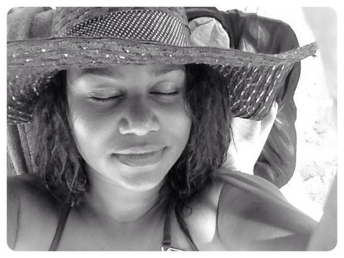 Yesterday Sun Worshipper Vacation Black & White