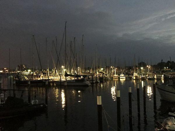 Strande harbour Night Ostseeküste Deutschland