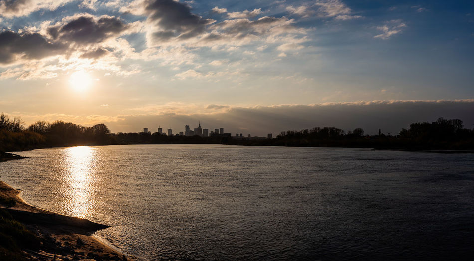 Panoramic Warsaw Panoramic Landscape The Week on EyeEm Light And Shadow Sunset_collection Nikon D750 Street Photography Capture The Moment Water Sky Cloud - Sky Sunset Scenics - Nature Beauty In Nature Tranquility Tranquil Scene Nature Building Exterior Silhouette Waterfront No People Built Structure Architecture Sea Idyllic City Outdoors