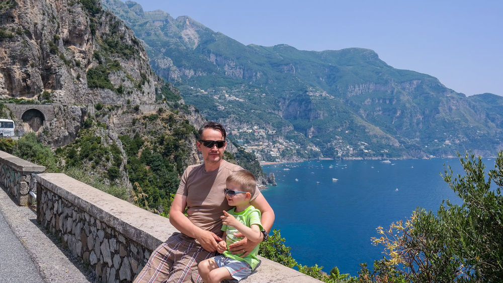 Positano background Be. Ready. Italia Positano Italy Positano, Italy Travel Photography Traveling Beauty In Nature Childhood Family Family With One Child Happiness Italia Landscape Italy Italy Landscape Leisure Activity Love Mountain Nature Outdoors Positano Real People Sunglasses Togetherness Travel Destination Travel Destinations