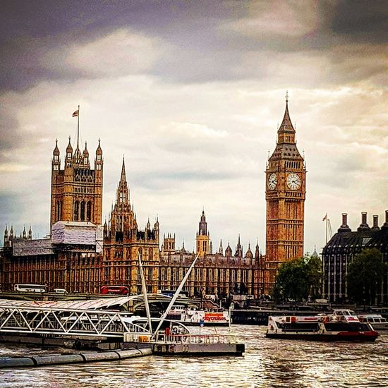 London LONDON❤ London Lifestyle LondonEye Big Ben Houses Of Parliament River Thames