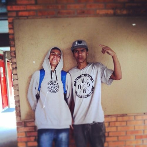 Gemião Vans Independent  DGK Niggas