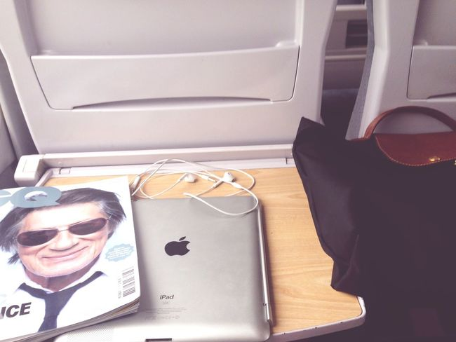 Ipad GQ Longchamp Train Trip France Aventure