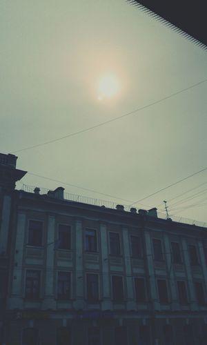 А кто еще видит 2 солнца?))
