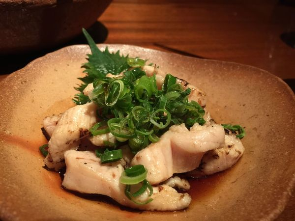和牛のミノ…サッと炙ってアッサリとポン酢でd(^_^o) 焼肉 居酒屋 肉 肴蔵