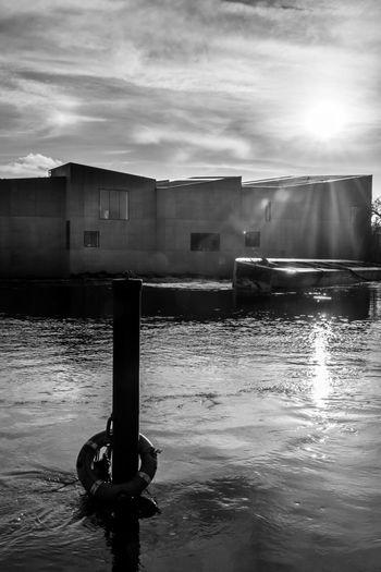 Architecture Blackandwhite Building Cloud - Sky Hepworth Gallery Outdoors Sky Sun Water