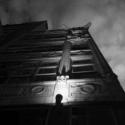 Nighttime comes for all Blackandwhite AMPt_community St. Louis, MO Blancoynegro