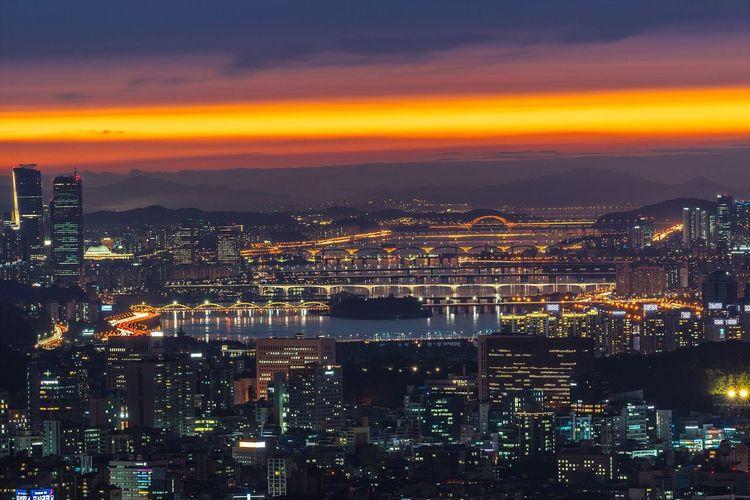 Seoul Korea Hanriver Bridge City Night Landscape Cityscape Night View Nightscape with Sony A7R and Canon EF100-400 F4.5-5.6L IS II USM