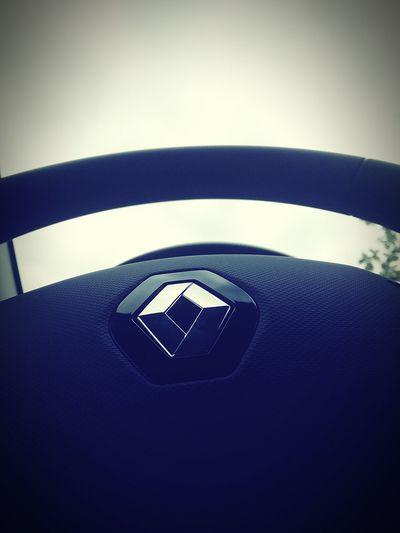 A alma de um carro...esta atras de um volante! Carros Renaultclio First Eyeem Photo