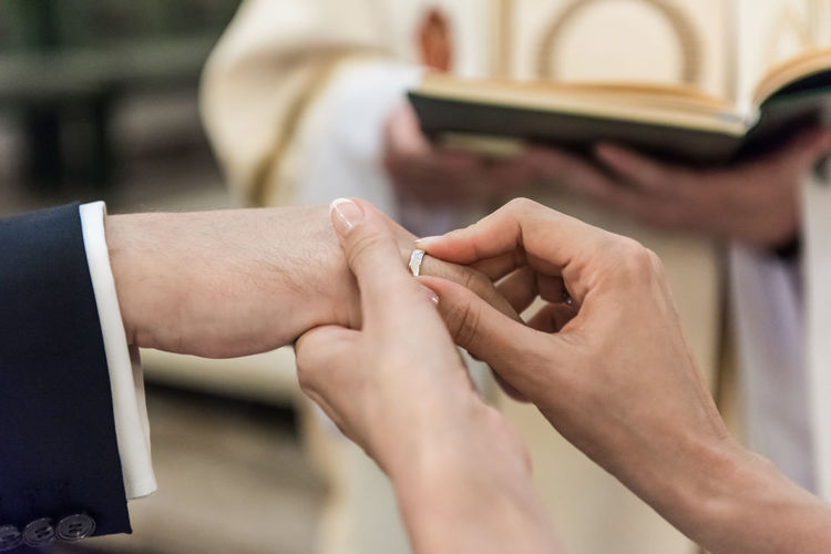 Effect Of Lov Human Finger Marriage  Marriage Ceremony Wear Ring Wedding Day Wife And Husband