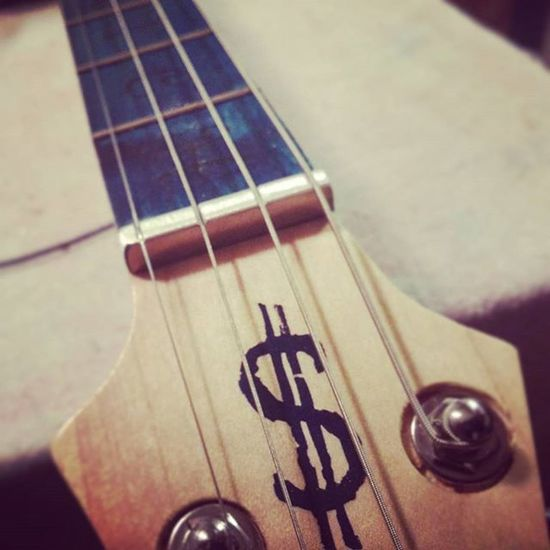 Closer look at the aluminum nut.... Scratchguitars Dtown Cbg Handmade 4string mittenstate blues skyline detroit cigarboxguitar puremichigan chrome flames superman diamondplate woodwork music love creativity motown detroitskyline skyline rich dollarsign Westland